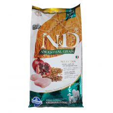 Farmina N&D Selection Adult MEDIUM & MAXI Chicken & Pomegranate 12 kg + 3 kg GRATIS