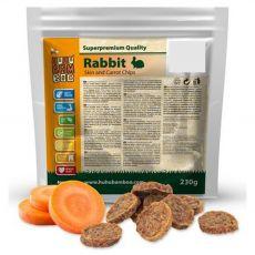 HUHU Bamboo chipsy z králičej kože s mrkvou 230 g